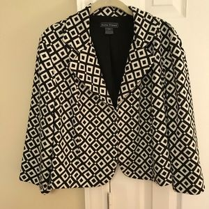 Jessica Howard cropped jacket size 16